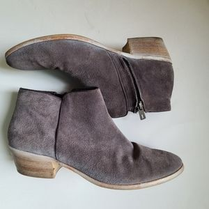 Sam Edelman Grey Suede Ankle Boot Size 10